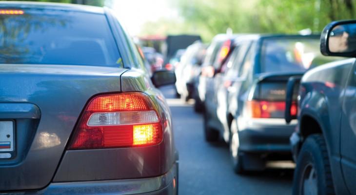 2242637-traffic-jam-cars-730x400